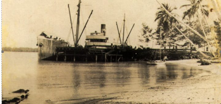 S.S.-Matarum-at-Kavieng-Wharf-1921