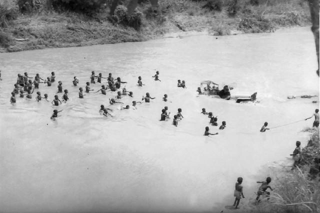 39. NANU - Crossing River