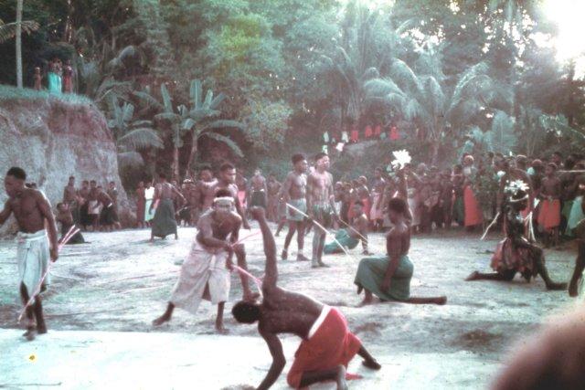 photo15 Ritual_Whipping with Cane_Rabaul_'61.jpg