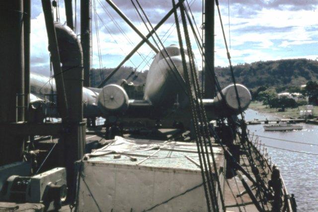 photo06 Dc3s_enroute_to DutchNG_Rabaul_'61.jpg