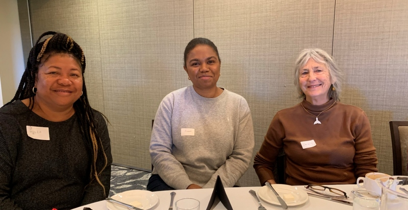 Roxanne Pouru, President Sydney Wantok Association with Gulea (left) and Jacky Lawes (right)